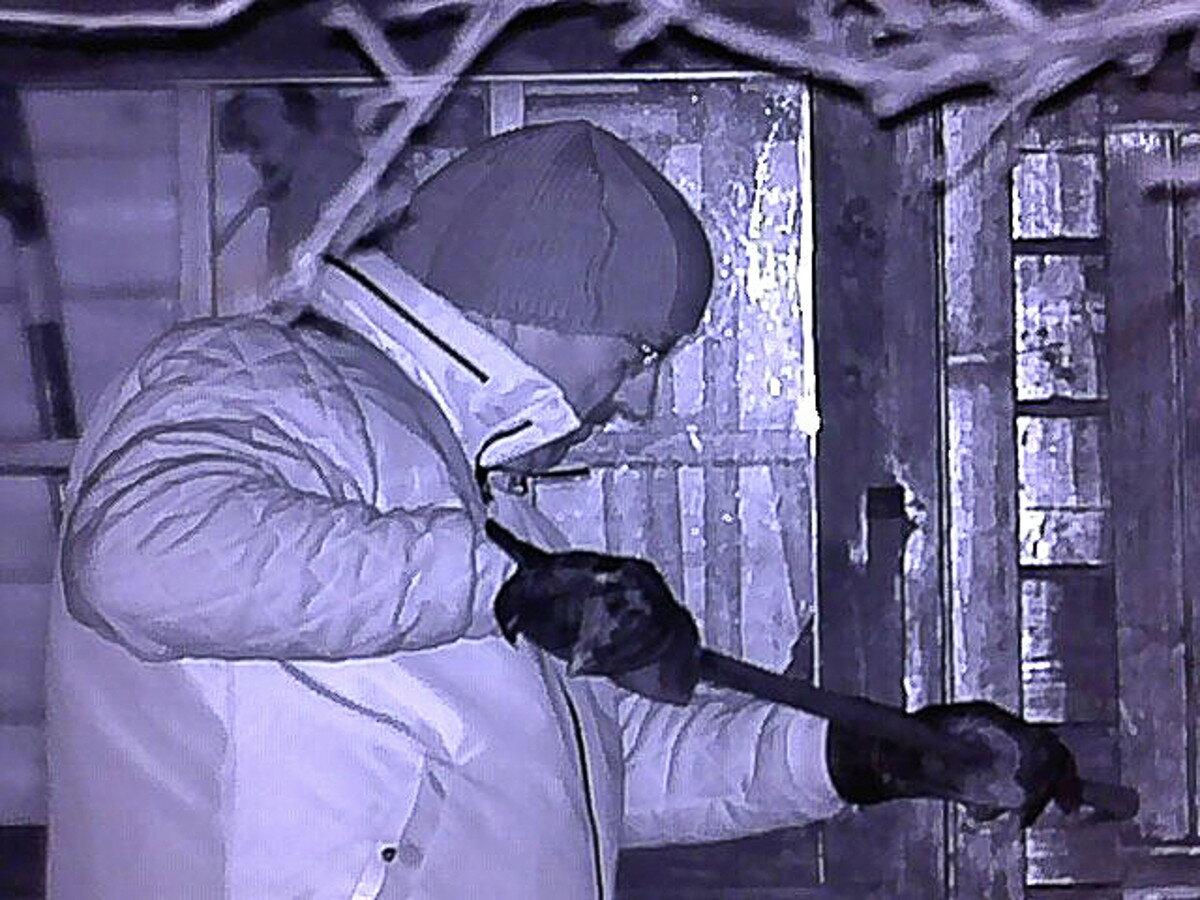 Nočné videnie Bresser Digital NV 5x50 foto-video záber zlodeja v noci 7b5e497c540